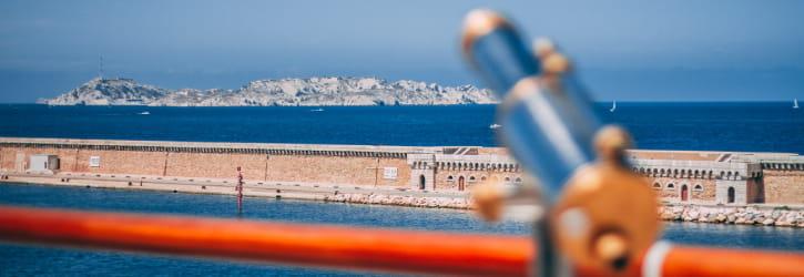 Transfert avec chauffeur prive vers port et plages de Marseille